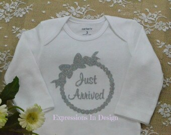 Baby shower gift - Baby Onesie Bodysuit - Coming home outfit  - Just Arrived bodysuit - baby outfit newborn - Coming home outfit