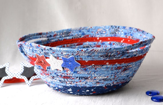 Pool Party Decoration, Patriotic Cookie Caddy, Red White and Blue Party Bowl, Festive Patio Picnic Basket, Dessert Carrier