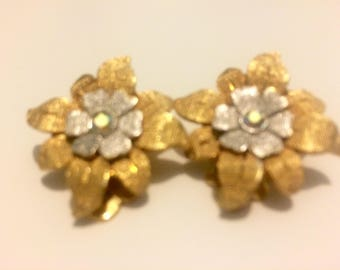 On Sale! Vintage Silver and Gold Flower Clip On Earrings
