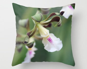Monkey Orchid, Pillow Cover, 16x16,18x18,20x20, home decoration, flower, green, white,floral,country living,interior design, macro, abstract