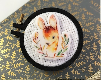 Fawn in Wreath Needleminder