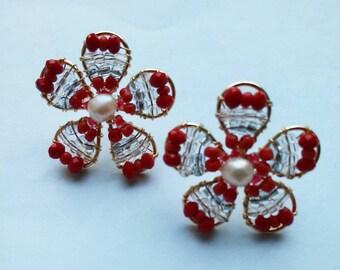 earrings, handmade earrings, flower earrings, red earrings, stud earrings