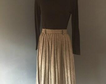Tweed Pleated skirt 90s
