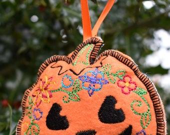 Jack O' Lantern Ornament
