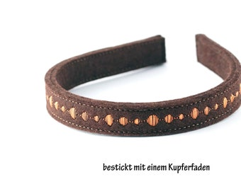 Headband made of wool felt embroidered with a shiny copper thread