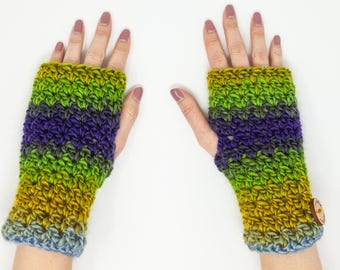 Colorful chunky fingerless gloves, crocheted