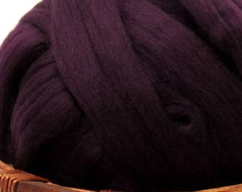 Dyed Corriedale Natural Spinning Fiber Wool Top Roving / 1oz - Aubergine