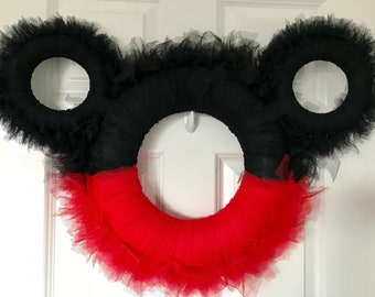 Mickey Mouse/Minnie Mouse Disney Wreath