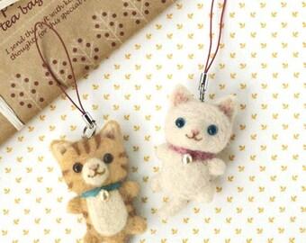 Japanese Needle Wool Felt Strap DIY Kit, White & Tabby Cat, Easy Felting Tutorial, Sachiko Susa, Kawaii Hamanaka Kit, Felt Animal Kit, F30