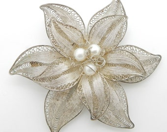 Solid Antique Sterling Silver/925 Round Pearl Large Filigree Flower Pin/Brooch; sku # M-4599