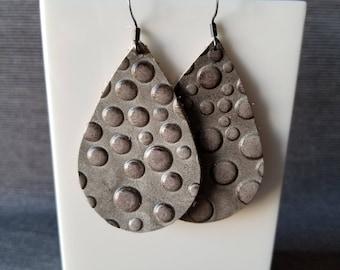 Gray Rain Drops Earrings