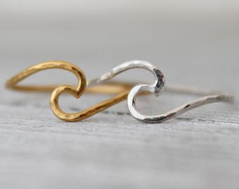 Silver Wave Ring, Gold Wave Ring, Hand Hammered Wave Ring, Ocean Wave Ring, Beach Jewelry, Wire Wave Ring, Surfers Gift, Ocean Lovers Gift