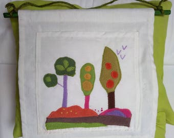 Wall Organizer embroidered