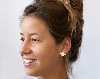 Flowerd Stud earring , Gold  studs ,  Sterling silver post ,  lightweight earrings ,   Nickel free , flower jewlery