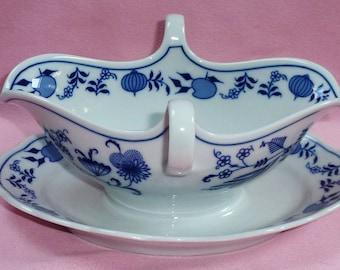 Winterling Flow Blue Porcelain China Blue Onion Floral Double Handle Pour Spout Gravy Boat w Under plate Serving Dish Bavaria Germany