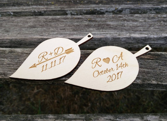 PERSONALIZED Leaf Tags. Laser Engraved, Rustic Wedding. Fall Wedding Decoration, Wood Tags.