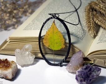 Terrarium Leaf Necklace, Botanical jewelry, Leaf glass pendant, Terrarium Necklace, Pressed leaf jewelry, Leaf Pendant women,Forest necklace