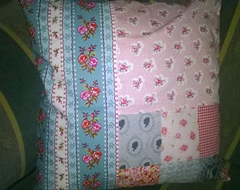 1 cushion cover made with PIP fabrics 40 x 40