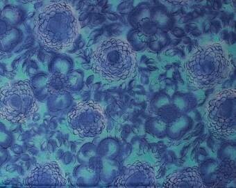 Vintage Viscose flower print fabric, dress fabric, chintz, 80s