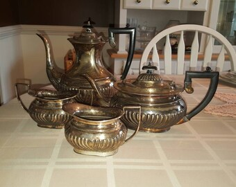 Vintage 4 Piece Crafton Sheffield England Silver Coffee Tea Sugar Creamer Set EPNS