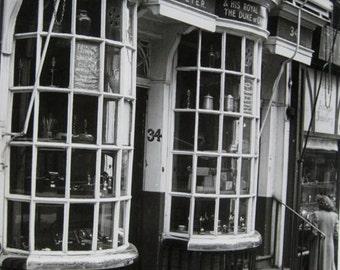 Haymarket, London, United Kingdom Black and White Photography 1939-1945, Vintage photographs