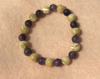 Amethyst (8mm) with Natural Mother of Pearl (8mm)