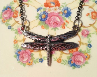 Libelle Anhänger Halskette - Natur-Liebhaber-Geschenk - elf Schmuck - einfach - Sommer - Fee - handgemachte Geschenke-einzigartige Stil - feminin - Elfen