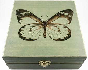 Spirit Animals Boxes NEW - Essential Oil Storage Box 25 Slot 15ml - Pine - Choose Finish and Custom Laser Engravings - Fits All Major Brands