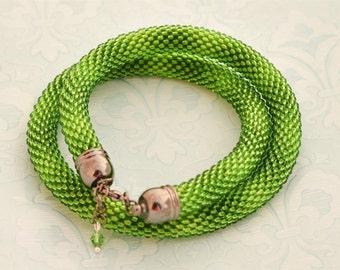 Green beaded bracelet, Boho jewelry gift, seed bead bracelet, women's gift, birthday present, everyday bracelet