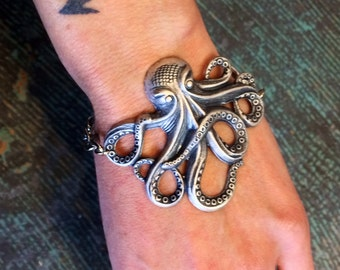 Octopus Kraken Bracelet by Hello Stranger // made in the USA