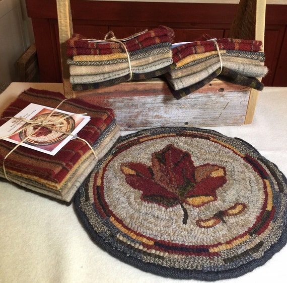 "Primtive Rug Hooking Kit for ""Maple Leaf"" Chair Pad  14"" Round/Fall Hooked Rug/Primitive Chair Pad/ Hooked Table Mat/Pillow K140"