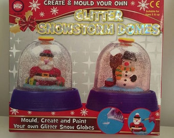 Festive kit make 2 little christmas snow globes includes molds and paints etc. early christmas shopping. Great kit for kids etc.