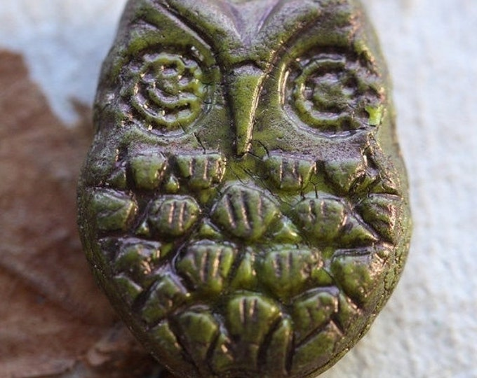 sale .. BRONZE AVOCADO HOOTS .. 2 Premium Picasso Czech Glass Owl Beads 18x15mm (4545-2)