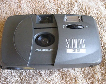 Slim Pix 35mm Camera Advertising on Back Flash C11-9