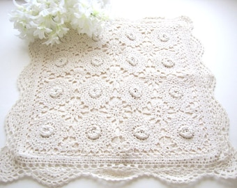 Vintage Crochet Hankie Bag Lingerie Bag Handkerchief Keepsake Bag from AllieEtCie