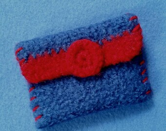 Felted Wool Crochet Wallet Coin Purse, royal blue and red with magnet clasp, wool coin purse, magnetic clasp