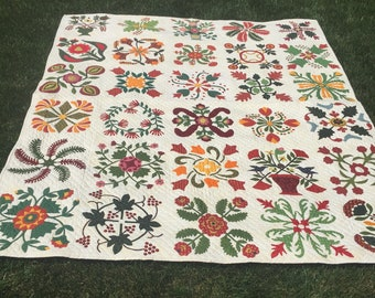 Hand Appliqued and Hand Quilted Full Sized Quilt