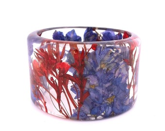 Size Small Purple and Red Resin Bangle.  Sophisticated Bracelet with Pressed Flowers.  Purple Larkspur and Giant Red Baby's Breath