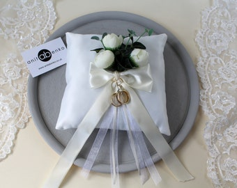 Ivory Wedding ring bearer pillow, Wedding ring holder 21cm x 21cm