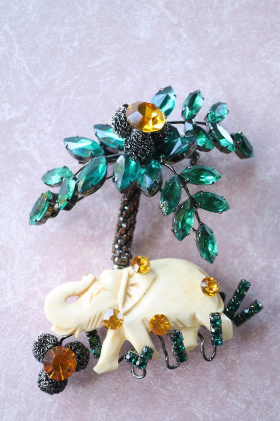 Lawrence Vrba Amazing Elephant Brooch