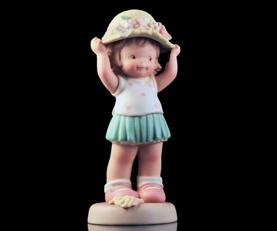 Enesco Figurine, Memories of Yesterday, 1994, Girl With New Hat, Decor, Collectible, New in Box
