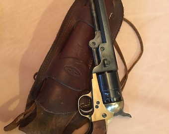 Blackpowder decoration with leather holster