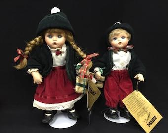 Seymour Mann, Christmas Twice As Nice, Connoisseur Doll Collection - Pair