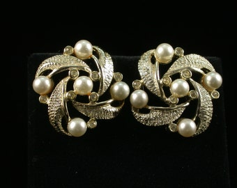 Vintage Kramer Silver Earrings with Pearls and Austrian Crystals