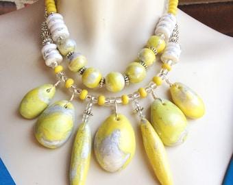 Yellow Polished Stone Necklace / Chunky Yellow Statement Necklace / Yellow and White Jewelry / Big Lemon Yellow Bib Necklace / Multi Pendant