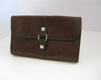 Vintage Nine and Co. brown leather clutch purse by Nine West