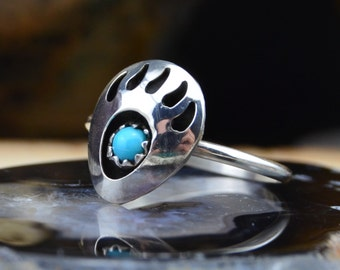 Stunning Navajo handmade sterling silver & turquoise bear paw ring