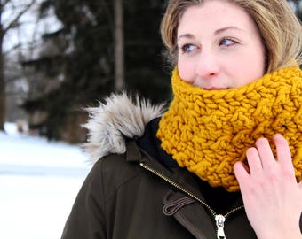 Mustard Yellow Textured Cowl // Goldenrod Crochet Cowl // Winter Cowl // Gift for Her