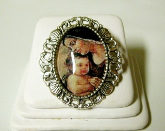 Madonna and child convertible brooch/pendant and chain - AP35-144