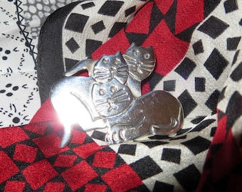Vintage 3 Cats Kittens Sterling Silver Brooch Pin Dimensional Marked Mexico  Cat Lovers Delight